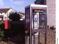 1990s-telephone-box